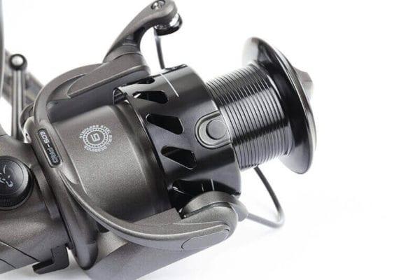 Carrete Fox EOS 10000 PRO 4 600x400 - Carrete Fox EOS 10000 Pro
