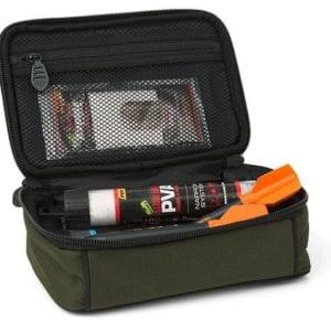 Macuto para accesorios fox grande4 300x300 - Macutos, bolsos y mochilas de carpfishing