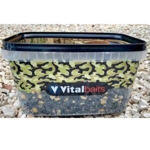 cubo semilla vitalbaits 300x300 - Semilla Hempz & Maíz Vitalbaits 3 kg